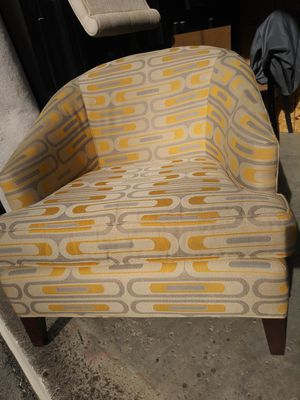 Photo Used mitchell gold bob williams arm chair