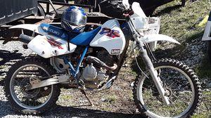Photo 1999 Suzuki 250 dr