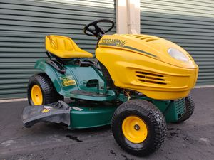 Photo Yard Man Lawn Tractor Lawn Mower w/ 42 deck Briggs TWIN 17hp OHV PRICE IS FIRM