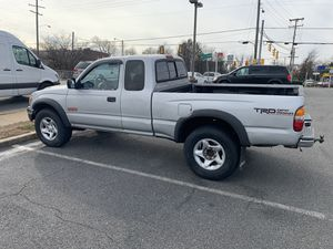 2001 Toyota Tacoma v 6 ,4x4 car is runs good very clean ,power window ,power door lock ,car is automatic,pass inspection for one ,pass emission for t for Sale in Fairfax, VA