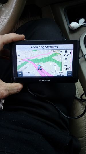 5 inch Garmin GPS for Sale in Gaithersburg, MD