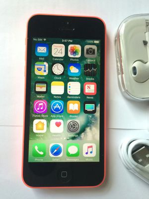 IPhone 5 C , UNLOCKED .  Excellent Condition    ( as like New) for Sale in Springfield, VA