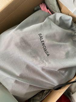Balenciaga sneaker Thumbnail