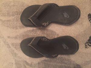 Nike Men's Flip Flop - Size 10 for Sale in Scottsdale, AZ