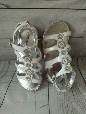 Brand New Beautiful Sandal , girl's size 1 ... ( Never used ) for Sale in Frederick, MD