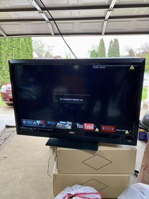 """Photo VIZIO E-Series 42"""" Class LCD Smart TV MODEL E422VLE"""