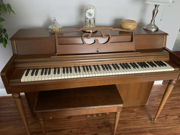 Wurlitzer Upright Piano -PRICE LOWERED for Sale in Waldorf, MD - OfferUp