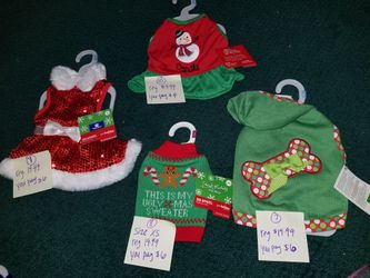 BRAND NEW DOG CLOTHES SIZE SMALL Thumbnail