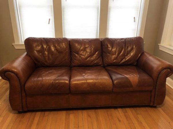 Italian leather sofa for Sale in Evergreen Park, IL - OfferUp