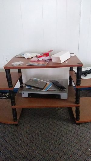 Small TV stand for Sale in Fort Washington, MD