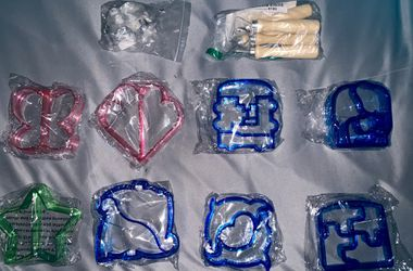 Cookie cutters & stencils Thumbnail