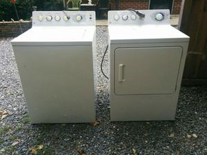 GE washer/dryer set for Sale in Waldorf, MD