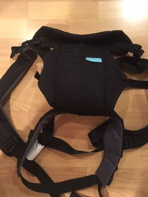 Infantino baby carrier for Sale in Rockville, MD