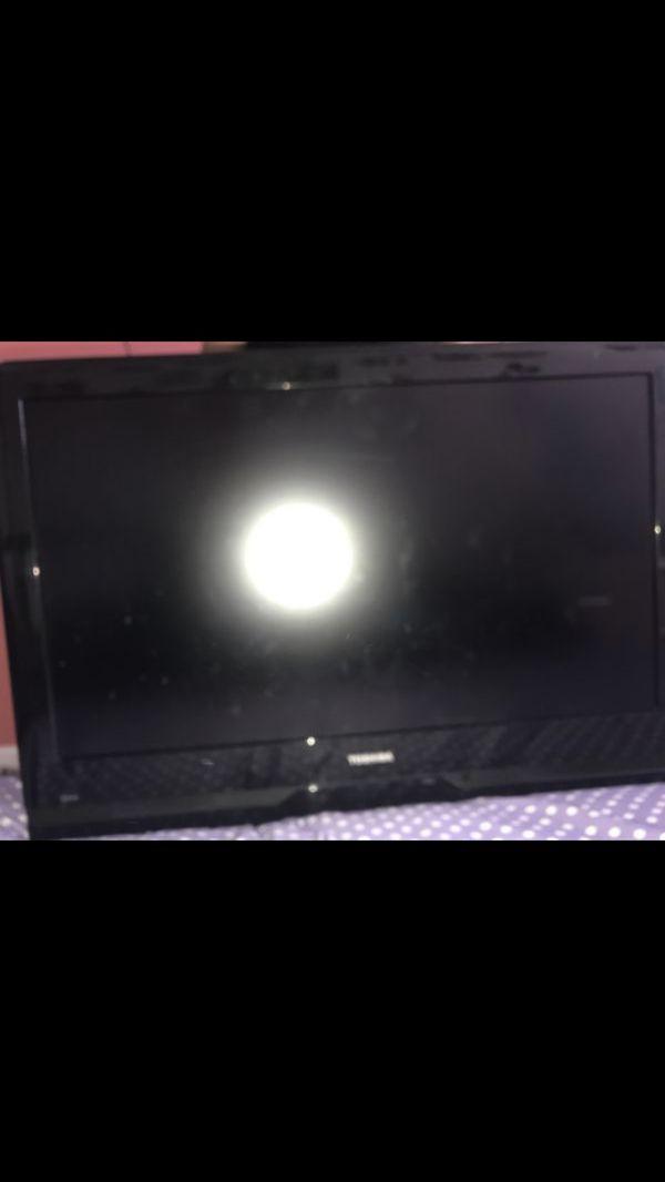 Offerup Las Vegas >> Toshiba tv for Sale in Las Vegas, NV - OfferUp
