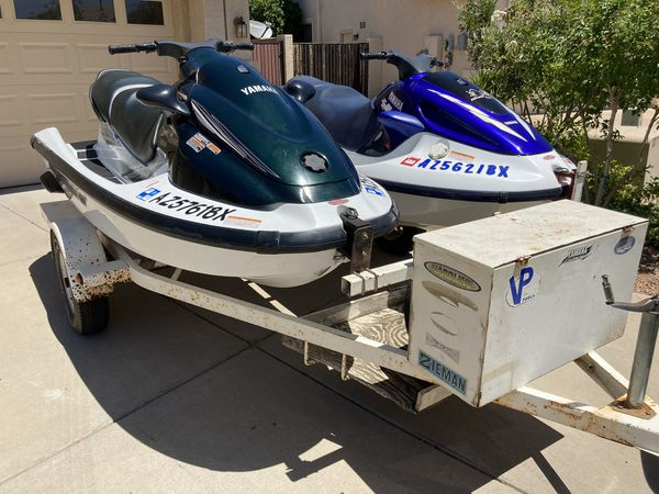 Fun and fast jetskis / waverunners - gp1200 and xl1200