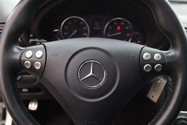 2005 Mercedes-Benz C-Class Thumbnail