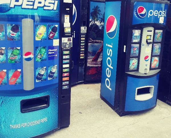 Used Soda Vending Machine for Sale in Coconut Creek, FL - OfferUp