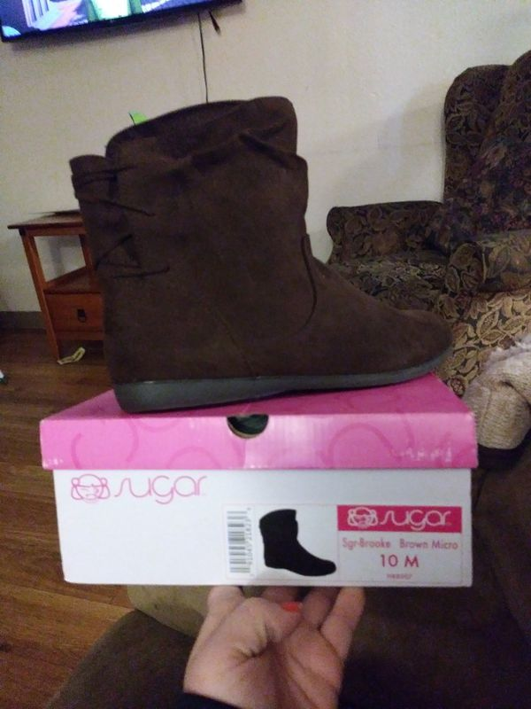 e9de778aa3186 Sugar Women's Brooke Slouched Flat Ankle Boot Bootie 10 Brown Micro for  Sale in University Place, WA - OfferUp