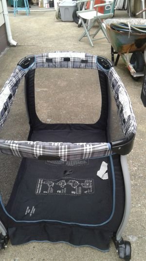 Eddie Bauer Baby Crib for Sale in South Norfolk, VA