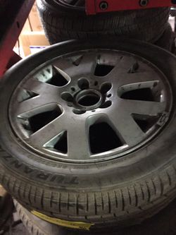 """Bmw 3 series 16"""" rim and 225-50-r 16 tire never used $220obo Thumbnail"""