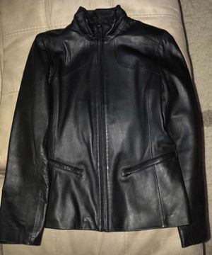 Women leather jacket- Kenneth Cole Reaction. Size small for Sale in Darnestown, MD