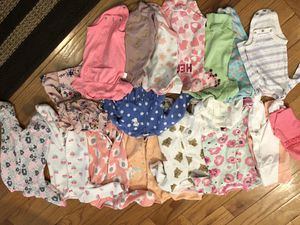 Newborn lot of bodysuits pajamas and swaddles - 21 for Sale in Falls Church, VA