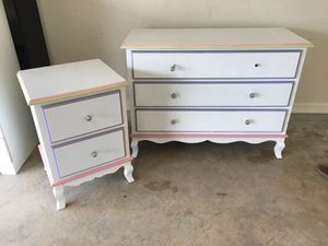 Photo Kids bedroom. Dresser night stand, twin bed frame