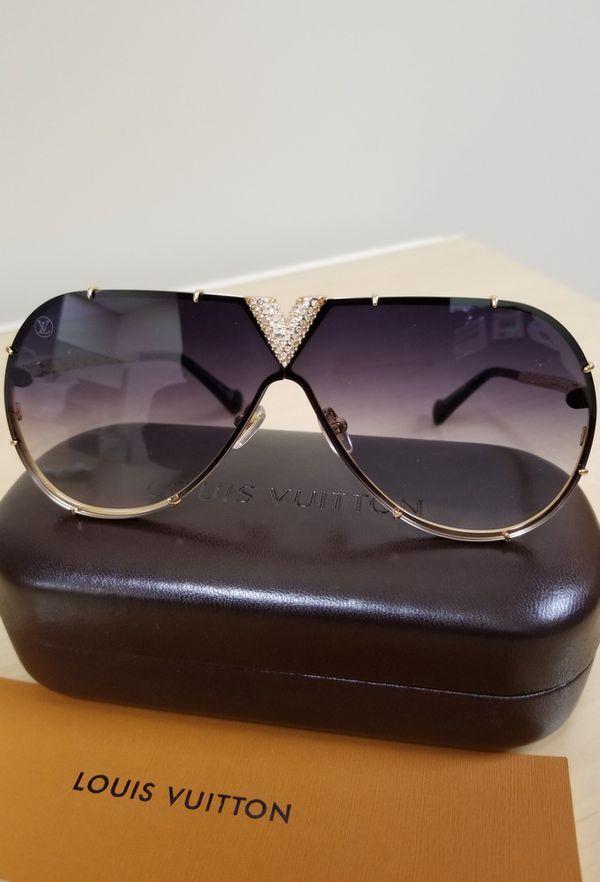 5ceef00547199 Authentic Louis Vuitton Millionaire LV Drive Strass Z1060 Dark Lens Gold  Framed Sunglasses for Sale in Aurora