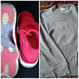 Air Jordan retro 11 & Tru Religion sweater for Sale in Chicago, IL