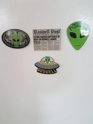 Roswell magnets lot for Sale in Marysville, WA