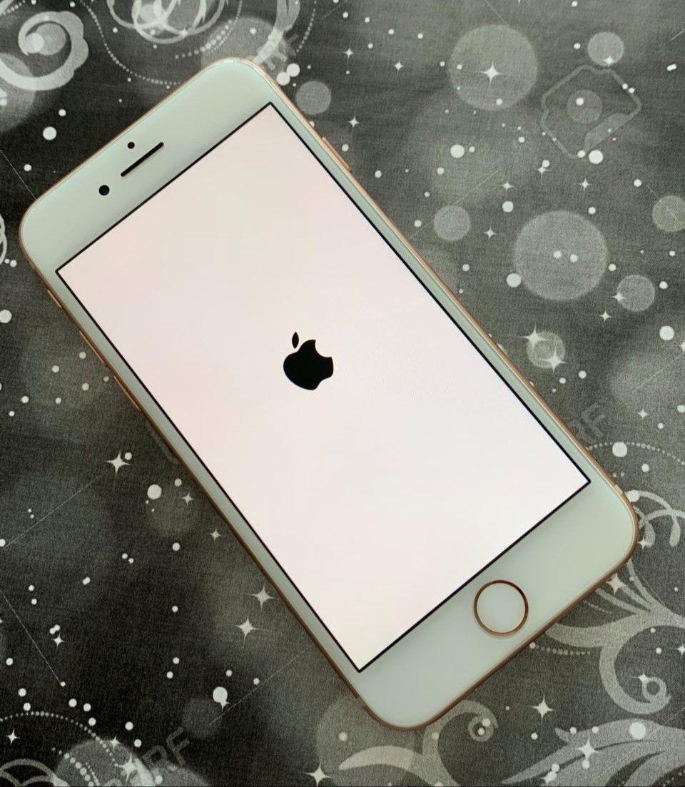 IPhone 8 64 GB Unlocked