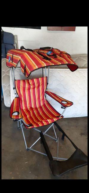 Photo Beach chair with canopy
