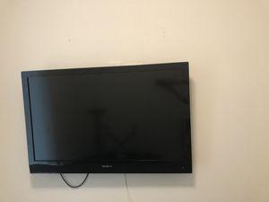 Insignia 48 inch TV television with remote for Sale in Chicago, IL