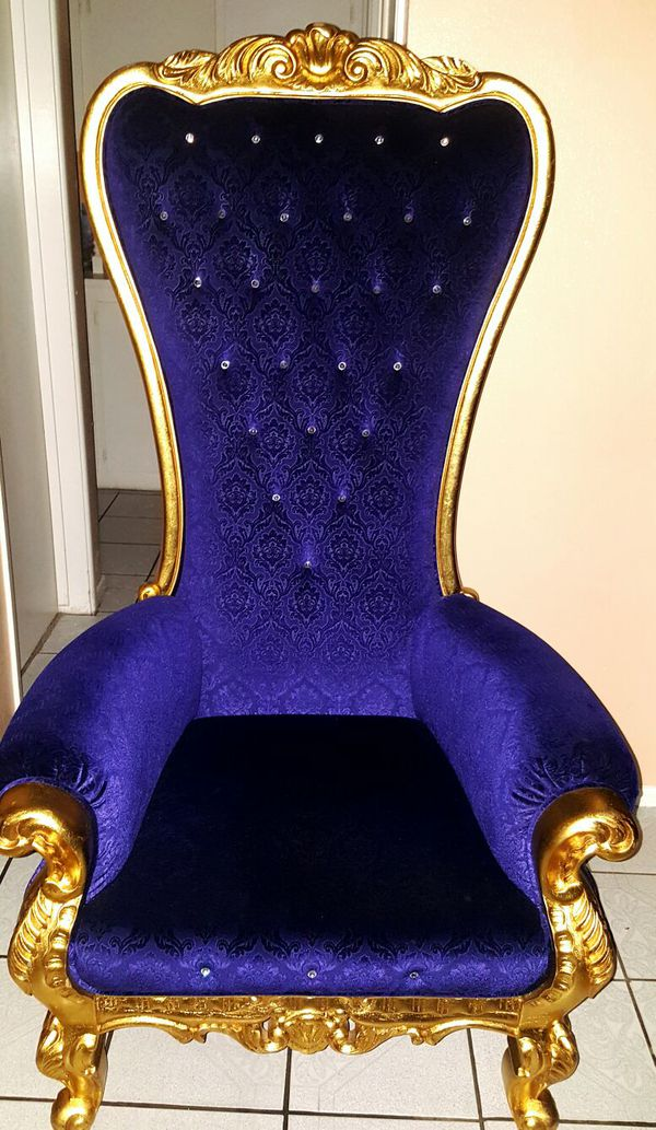 Throne royalty king royal chair for Sale in Fontana, CA