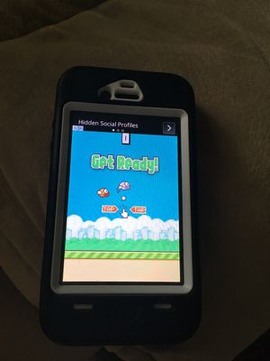 iPhone 4 w/ flappy bird downloaded on it for Sale in Pasadena, MD