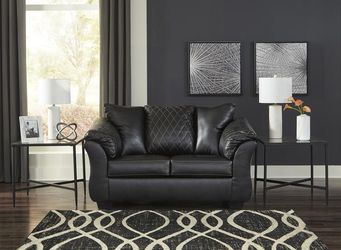 SPECIAL] Betrillo Black Living Room Set🤟Same Day Delivery  Thumbnail