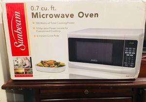New Sunbeam microwave 0.7ct for Sale in Oakton, VA