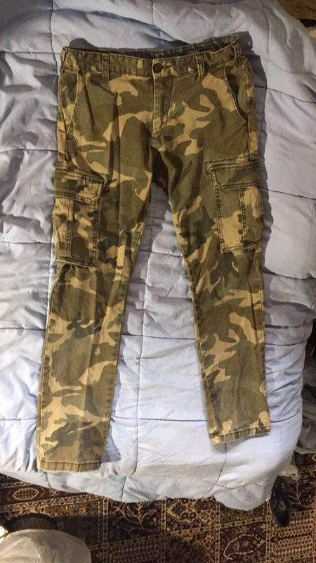Bullhead / Pacsun Camo Chino Pants for Sale in Montgomery Village, MD -  OfferUp