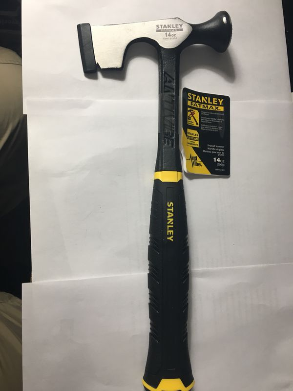 Stanley Fatmax 17 oz. Framing hammer for Sale in Tampa, FL - OfferUp