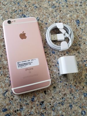 Photo UNLOCKED IPHONE 6s 16GB ROSE GOLD, (THIS IS NOT THE PLUS) PERFECT CONDITIONS!!! PRICE IS FIRM !!!