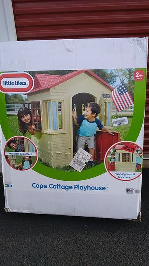 Cottage play house for Sale in Annandale, VA