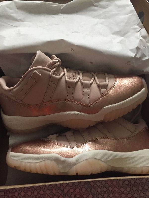 competitive price 64ac0 1f55c Jordan's Retro 11 low rose gold for Sale in Groveport, OH - OfferUp