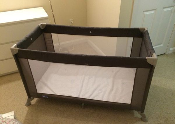 Chicco Portable Travel Crib Play Crib For Sale In Jersey City Nj