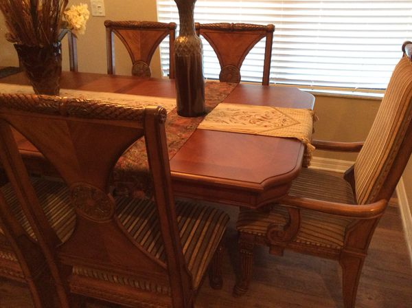 Rooms To Go Bahamas Style Dining Set Furniture In Orlando Fl