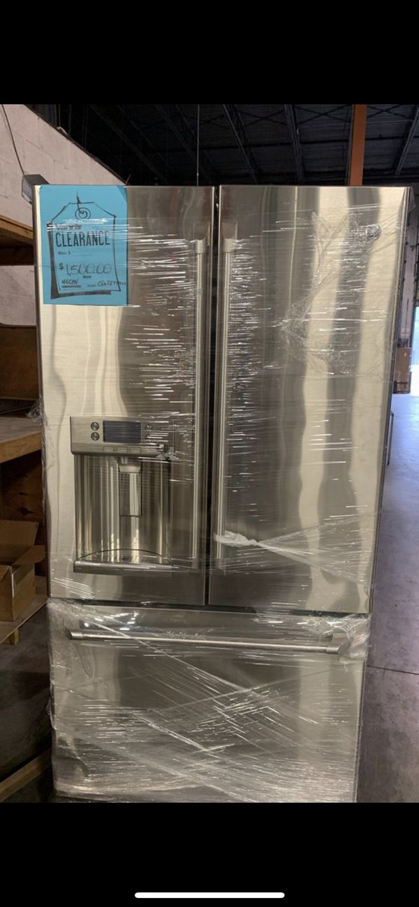 General Electric refrigerator CFR28TSS open box slight damage on one side  for Sale in Southwest Ranches, FL - OfferUp