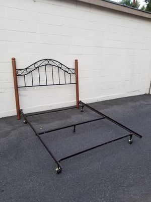 Queen Bed Frame (Furniture) in Fresno, CA - OfferUp