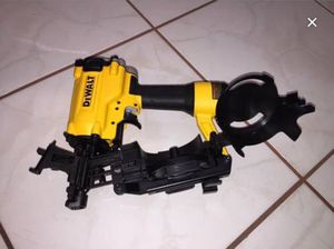 Photo New Dewalt Roofing Nailer Never Used!!!