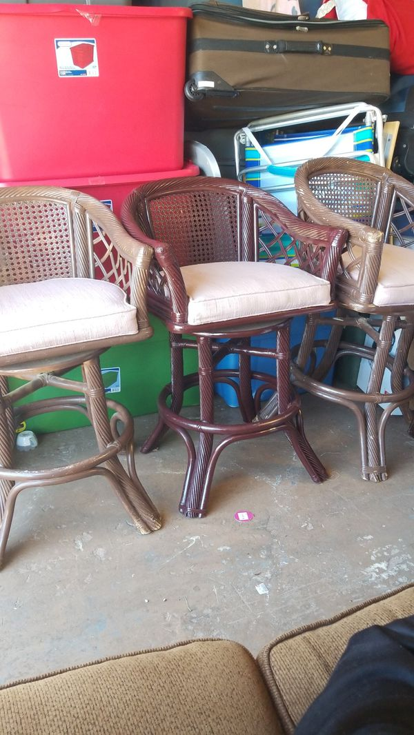 Old Patio Chairs Set Of 3 Great For A Remodel Project