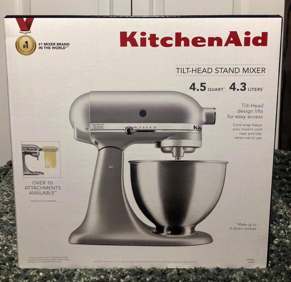 KitchenAid Classic Plus Series 4.5-Quart Tilt-Head Stand Mixer for Sale in  Sacramento, CA - OfferUp