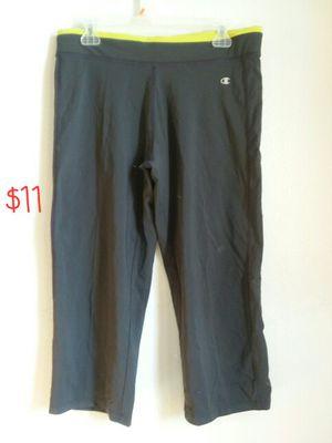 champion capri women's workout pants for Sale in Denver, CO